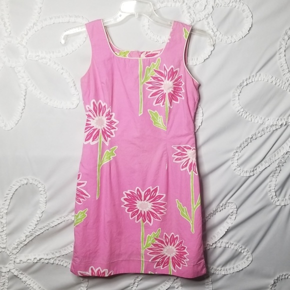 Lilly Pulitzer Dresses & Skirts - Lillie Pulitzer Floral Shift Dress